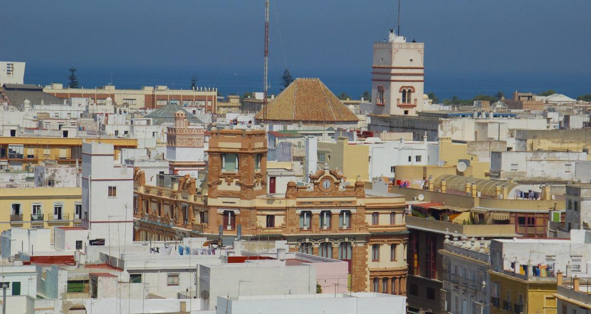 Pisos y chalets en venta en c diz capital y provincia for Pisos en cadiz capital