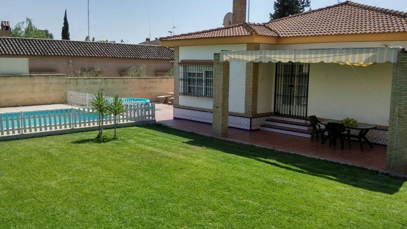 Casa En Pasaje Helecho 6 En Sevilla Vibbo 50485910 - Casas En ...