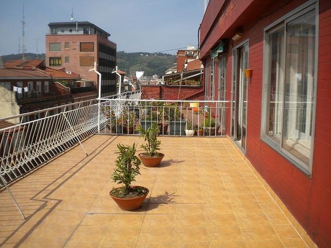 Pisos en vizcaya atico con terraza en bilbao centro for Atico centro zaragoza