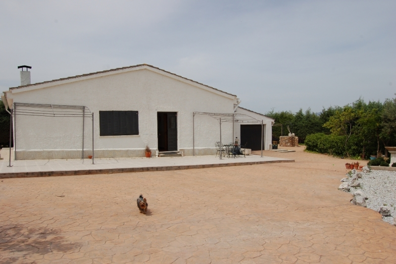 Casas chalets adosados en madrid chalet independiente con parcela 2500m cerca de valdetorres - Casas con parcela baratas cerca de madrid ...