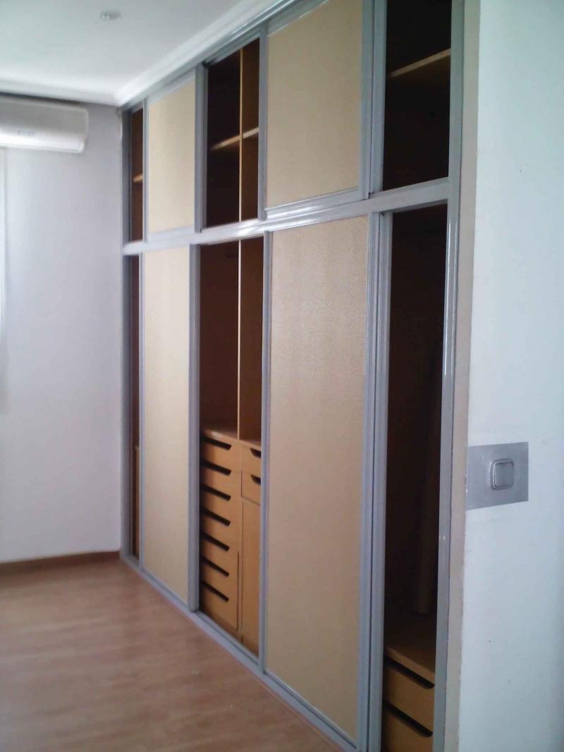Pisos en madrid piso en alquiler con opci n a compra en for Busco piso en alquiler en sevilla capital