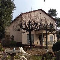 Casa en Venta en Les Fonts, gran terreno, piscina y garaje.