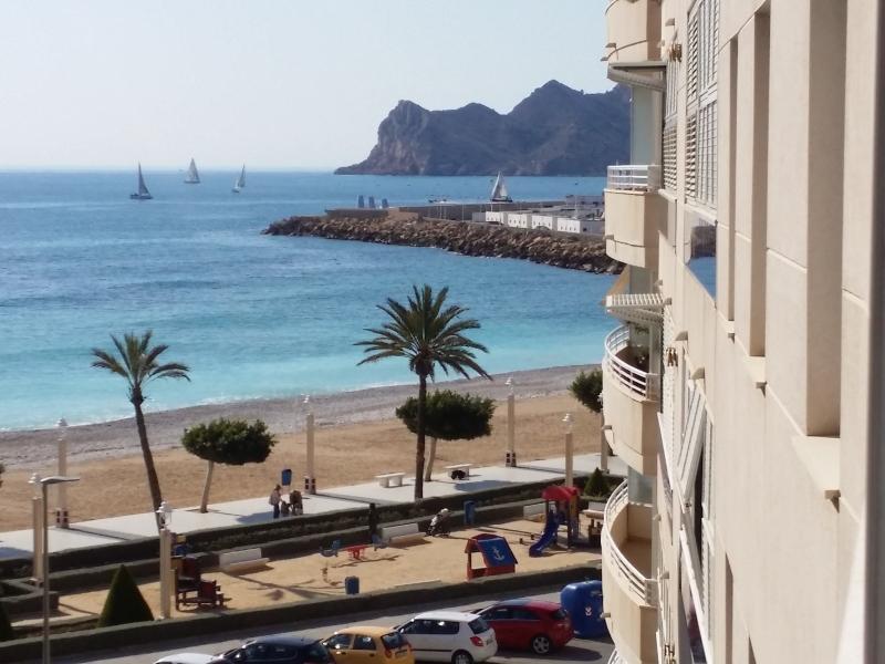 Pisos en alicante altea precioso piso moderno vistas mar y pueblo - Pisos en los angeles alicante ...