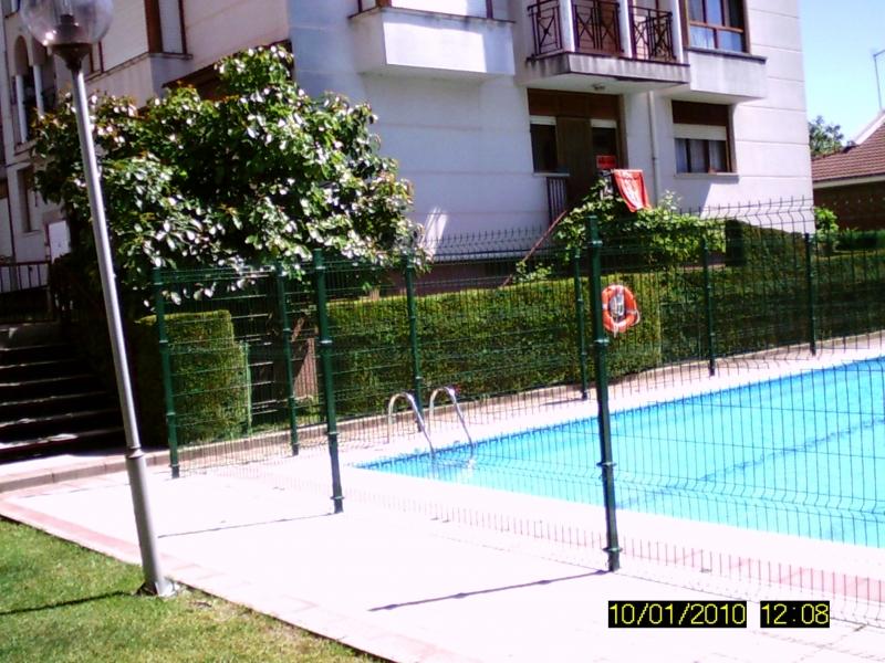 Pisos en cantabria apartamento bajo con jardin de 60 m2 for Piso bajo con jardin madrid