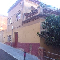 Finca en Vallcarca para reformar a dos calles