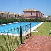 Fantásticas casa adosada con piscina comunitaria
