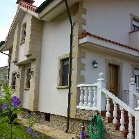 Se vende Precioso chalet bifamiliar en Castillo-Noja, con  4 dormitorios, 4 wc,Txoko, garaje,terraza y jardín de 130 m2