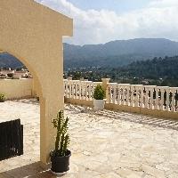 Chalet en Urbanización Gata Residencial en Monte Pedreguer
