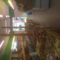 Local frutería y alimentación