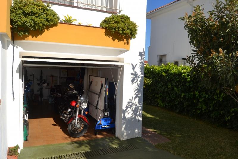 Garaje en planta semisotano