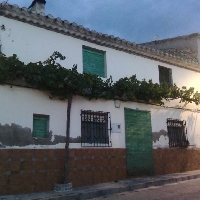 CASA EN MORA DE SANTA QUITERIA (TOBARRA)