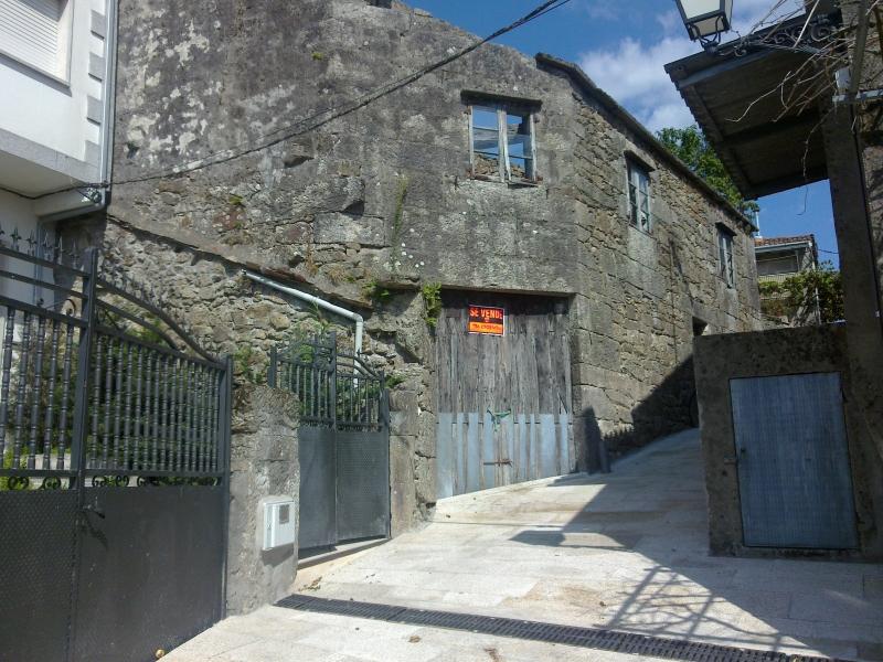 Casas chalets adosados en pontevedra casa piedra - Casas para restaurar ...