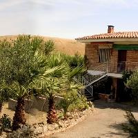 Casa-Chalet con huerto fértil