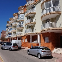 Apartamento de 1 dormitorio en tercera linea de playa de la Mata.