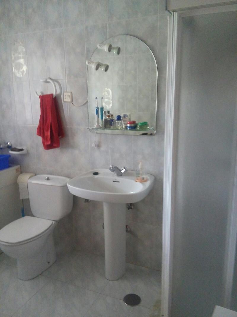 Baño planta 1 con ducha