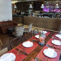 Local restaurante en alquiler en Avenida Mesa y López