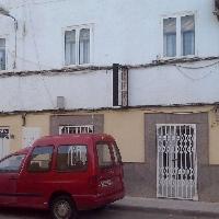 venta local mas dos pisos independientes