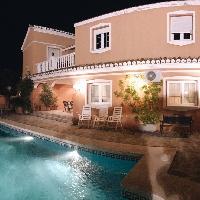 Villa en venta rebajada en Benalmádena