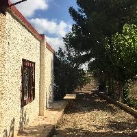 Casa y terreno rustico
