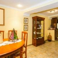 Preciosa y barata casa en Ador