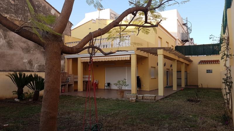 Jardín y huerto 300 m2