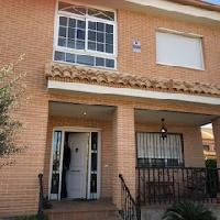 Chalet independiente en venta en Griñón