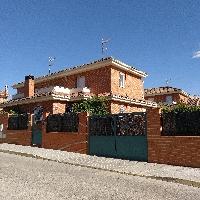 Chalet pareado en Valdeavero
