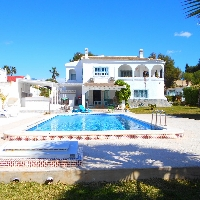 Villa for sale in La Siesta,Torrevieja.