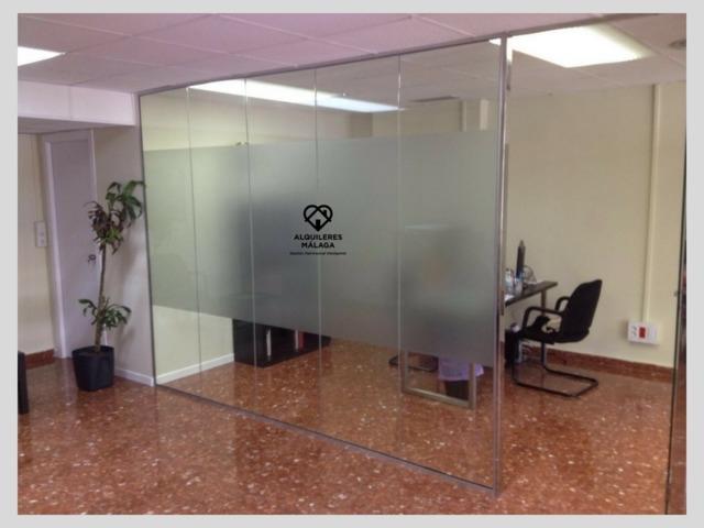 Oficina en alquiler en plaza uncibay de m laga - Alquiler oficinas malaga ...