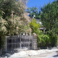 Chalet con dos parcelas en venta en Villa del Prado