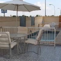Vivienda en esquina con piscina en venta en San Javier