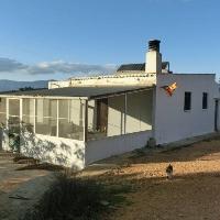CASA DE CAMPO DE UNOS 60 M2 CON TRES DORMITORIOS Y 1 BAÑO