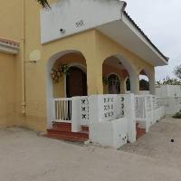 Chalet en venta de 4 dormitorios con parcela de 400 m2