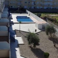 Apartamento de 55 m2 con 1 habitacion, terraza y zona comunitaria con piscina y zona de niños.