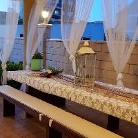 Espectacular chalet de 104 m2 en una parcela de 681 m2, con terraza,  garaje independiente y piscina