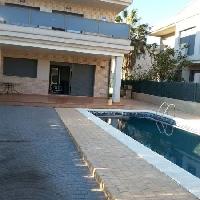 Chalet en venta con piscina zona playa de L'Ampolla