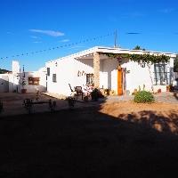 Chalet en venta reformado con 3 habitaciones en Lliria