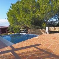 Chalet en venta con piscina en Pedralba de Lliria