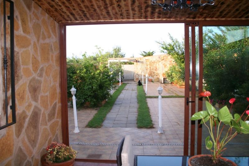 Vistas Jardin desde porche de la casa