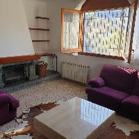 Casa independiente en venta con piscina en Cabrils