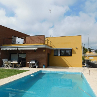 Casa en venta con piscina en Segur de Calafell