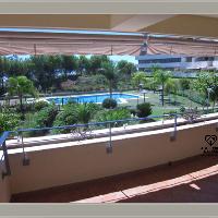 Piso en alquiler con garaje en Parque Clavero Málaga