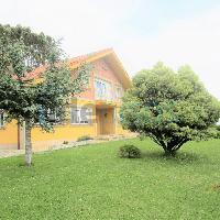 Chalet en venta gran parcela en Boo de Piélagos