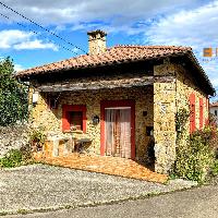Casa de piedra en venta con garaje en Infiesto Piloña