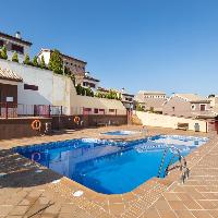 Casa en venta 3 habitaciones con piscina en Gójar