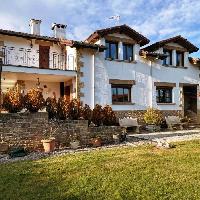 Chalet en venta con 4 habitaciones en Zabalegui