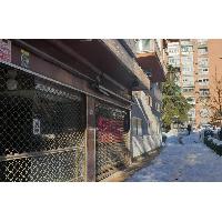 Local comercial en venta en barrio Santa Eugenia Madrid