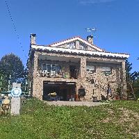 Chalet en venta con 4 habitaciones y garaje Peguerinos