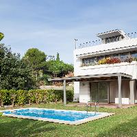 Casa de lujo en alquiler y piscina Sant Vicenc de Montalt