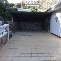 Torre amplia en venta con piscina zona Sant Cris Cabrils